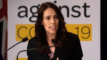 Premier Nieuw-Zeeland verlaagt salaris vanwege crisis
