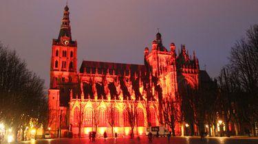 Kerken kleuren wereldwijd rood voor geloofsvrijheid