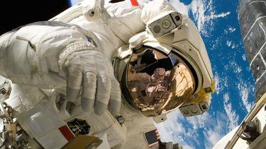astronaut - barbie -esa - samantha cristoforetti