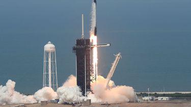Elon Musks SpaceX raket succesvol gelanceerd
