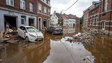 Bizarre beelden Oostenrijks stadje overspoeld door heftige zondvloed