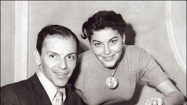 De vleugel van Frank Sinatra geveild voor 95.000 euro