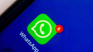 Een foto van WhatsApp op een smartphone