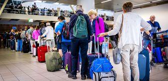 vakantie, reizen, Hugo de Jonge, wijsopreis, groen, oranje, reisadvies, coronatesten, quarantaineplicht, nieuwsuur