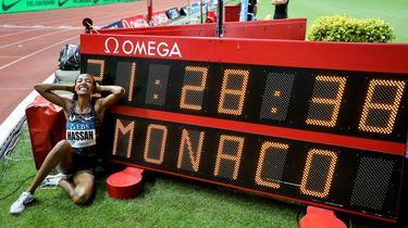 Sifan Hassan loopt wereldrecord op Engelse Mijl