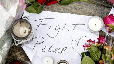 aanslag Peter R. de Vries bloemen