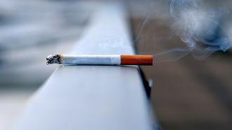 Foto van een sigaret.