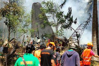 Zeker 17 doden en 40 gewonden bij vliegtuigongeluk op Filipijnen