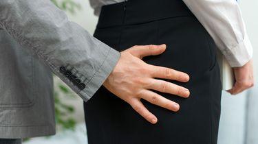 #Metoo op het werk: 'Hij wilde voor 100 euro seks'
