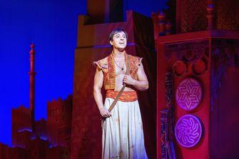 Aladdin Jonathan Vroege musical