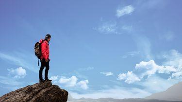 Fatale selfie: vrouw (27) valt van klif