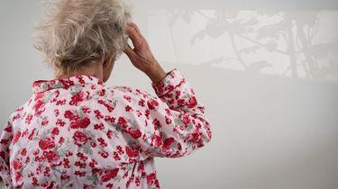Minister: Jaarlijks huisbezoek voor eenzame ouderen