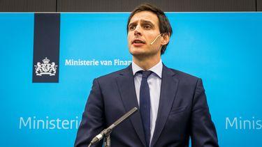 Kabinet vliegt niet de bocht uit met 'coup' KLM
