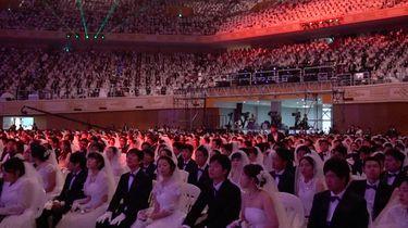Duizenden stellen tegelijk in huwelijksbootje