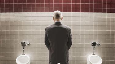 Opgeplast! Je wordt op de WC gefilmd