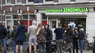 Sluiting coffeeshops zorgt voor een run op illegale wiet