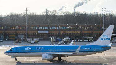 KLM wil tot 2000 minder voltijdsbanen na coronaproblemen