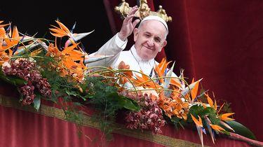 Paus spreekt urbi et orbi uit tijdens Paasmis