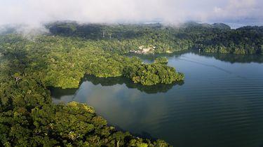 Zeven jongeren vermoord bij een meer in Panama