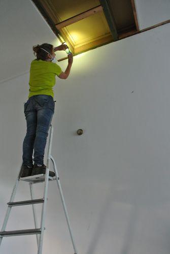 Achter de gipsplaten kwam een bijzonder plafond tevoorschijn