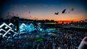 Foto van festival Exit bij ondergaande zon