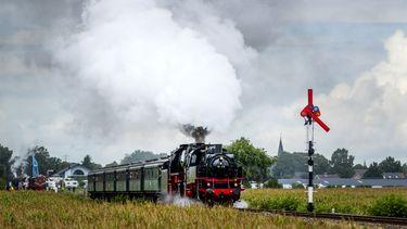 Sinterklaas komt per trein naar Apeldoorn