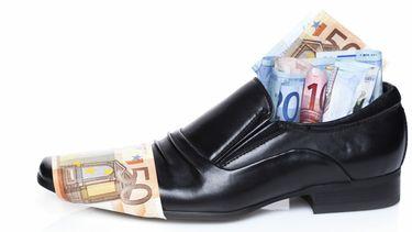 Schoen geld
