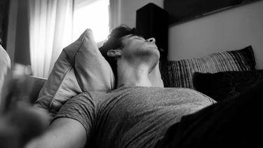 Man ligt te slapen