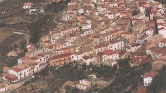 Candela: Dorpje dat geld aanbiedt om er te wonen