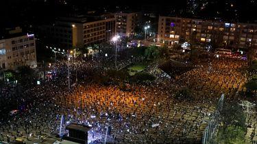 In beeld: Israëliërs protesteren tegen Netanyahu