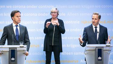 Premier Mark Rutte en minister Hugo de Jonge van Volksgezondheid, Welzijn en Sport