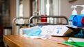 Verpleeghuis bouwt zich in met hek om families weg te houden