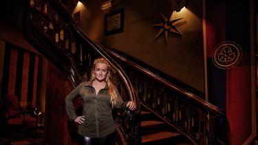 De verraders, Samantha Steenwijk