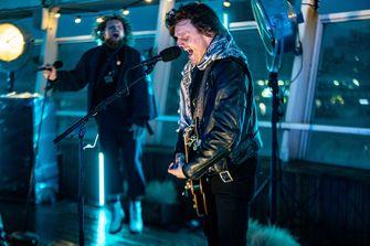 Een foto van DI-RECT tijdens het concert op De Pier
