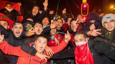Fans van het Marokkaanse voetbalelftal vieren feest op het Amsterdamse Mercatorplein. Foto: ANP | Mischa Schoemaker