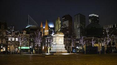 Het is rustig in Den Haag na ingaan van de avondklok.