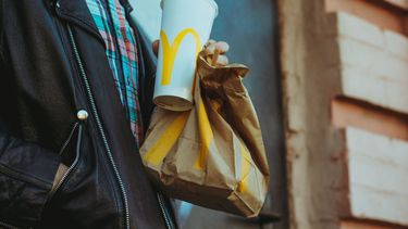 IJsland heeft live stream van 10 jaar oude McDonald's burger