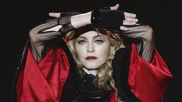 Een foto van Madonna tijdens een concert