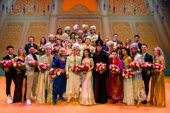 Cast musical Aladdin