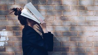 Onderwijsraad: 'breng plezier in lezen terug'