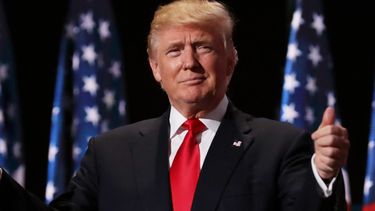 Op deze foto zie je Donald Trump