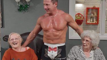 Grootste wens bejaarde: stripper in verzorgingstehuis