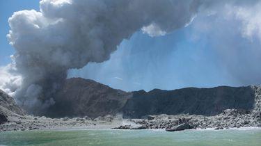 Onderzoek naar doden vulkaanuitbarsting.