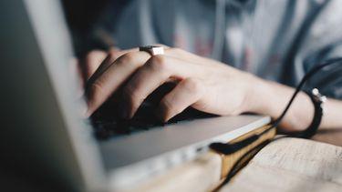 Internetten tijdens werk slecht voor je carrière