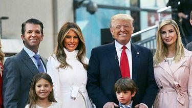 Een foto van de familie Trump die volgens voorspellingen geen stand houdt