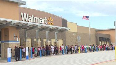 1 maart -  Walmart stopt wapenverkoop onder 21 jaar