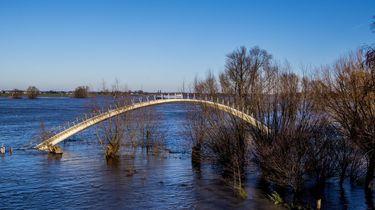 Zoektocht naar daklozen in Nijmeegse uiterwaarden om hoogwater