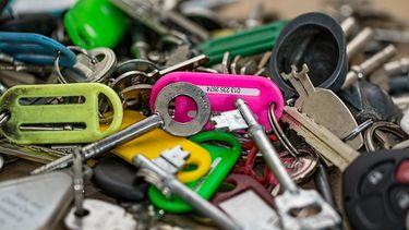 Waarom je geen foto van sleutels online moet zetten