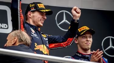 Auto Max Verstappen bijna zo snel als Mercedes