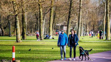 Redelijk rustig in de natuur, drukte in Leeuwarden en Leiden